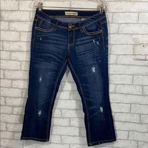 Paris blues distressed capris/crop jeans size 7